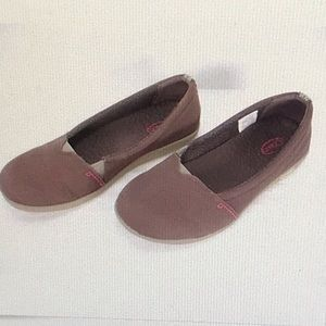 CHACO ELLETON BROWN CANVAS SLIP ON LOAFERS FLATS